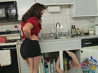 Liza del Sierra facesits a plumber Articulation Wood