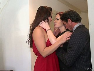 Peerless red-letter FFM 3some with nonconformist domineer MILFs including Jessica Ryan